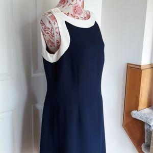Very nice ladies dress Amanda Smith 12.classic